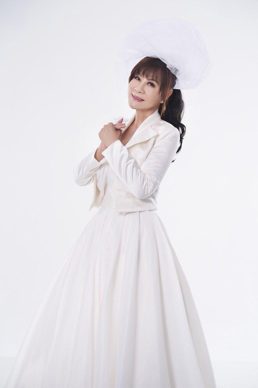 龍千玉推出全新專輯「出嫁」。圖/豪記唱片提供
