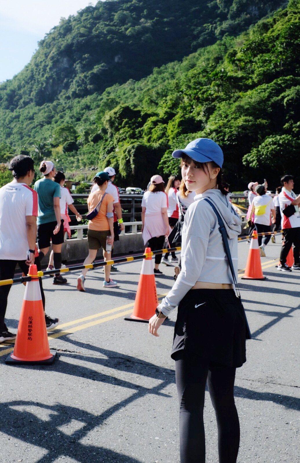 項婕如參加馬拉松比賽跑完12K。圖/群星瑞智提供