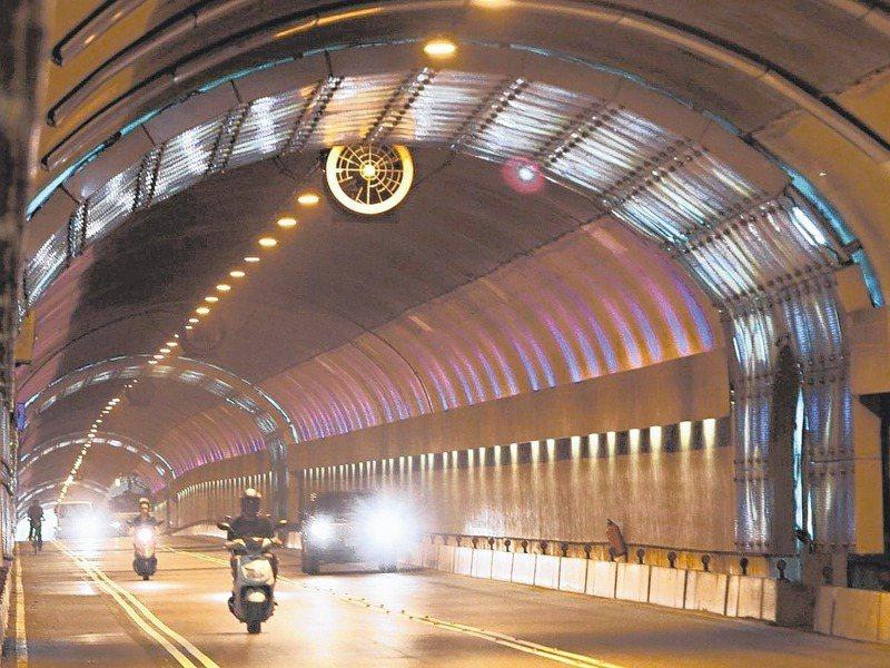 北市自強隧道及辛亥隧道區間測速最快明年2月重新啟用。圖/聯合報系資料照片