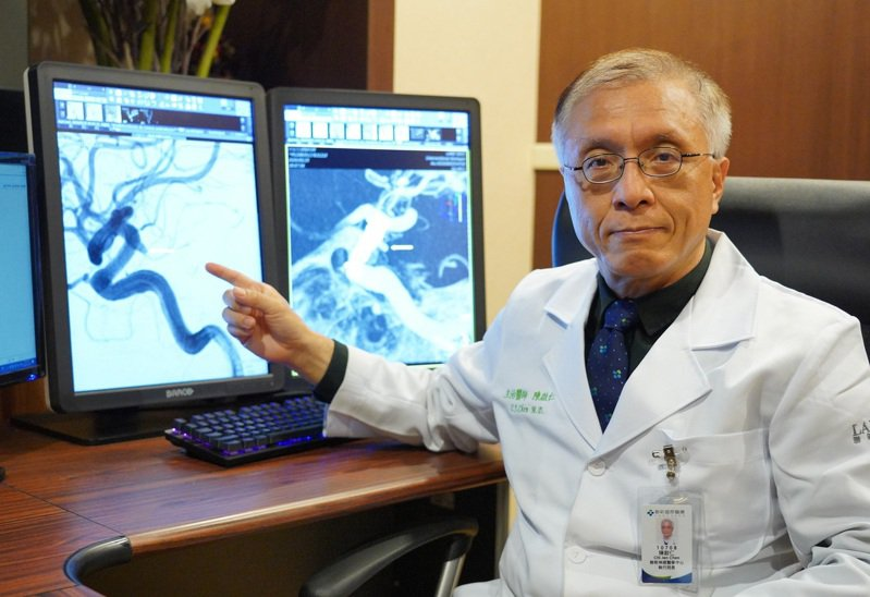 陳啟仁強調腦血管瘤壓迫神經不能輕忽。圖/聯新國際醫院提供