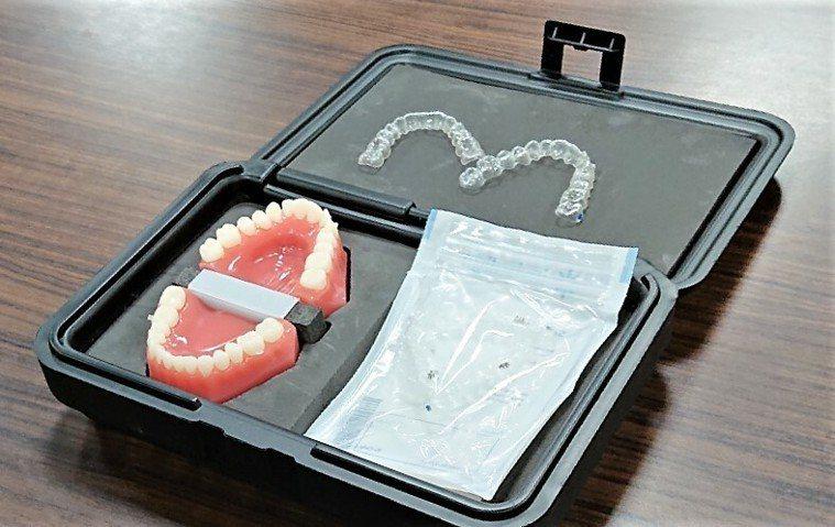 高雄市立岡山醫院推出新形數位隱形矯正牙套,搭配口掃機就可偵測矯正進度。記者王昭月...