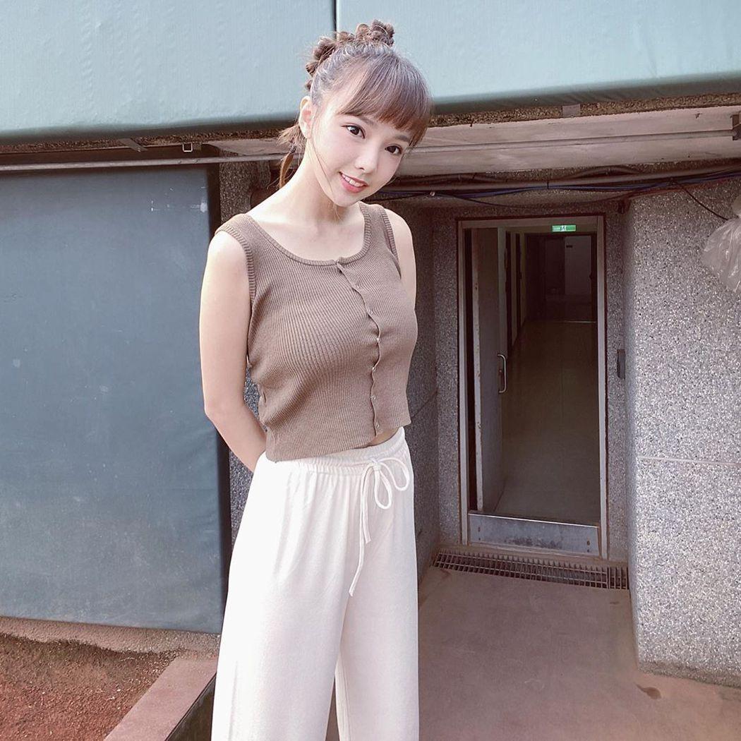 陳甯亞(Mia)素有「最美化妝師」之名。圖/摘自IG