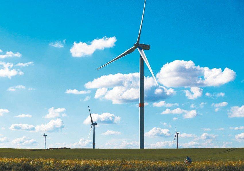 全球永續環境解決方案的市場規模大約有2.5兆美元,且以每年6至7%速度成長。(路...