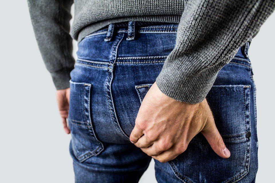 足夠的膳食纖維可預防大腸直腸癌,成年人每日應攝取25至35克、3蔬2果,盡量選用...