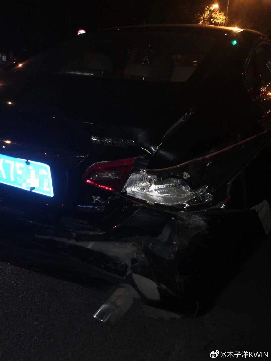 木子洋遭私生追車發生車禍。圖/擷自木子洋微博