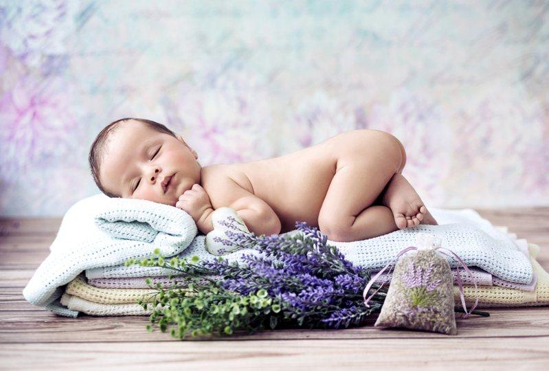 現今越來越多人不願意生育小孩,讓原PO十分好奇背後原因。示意圖/Ingimage