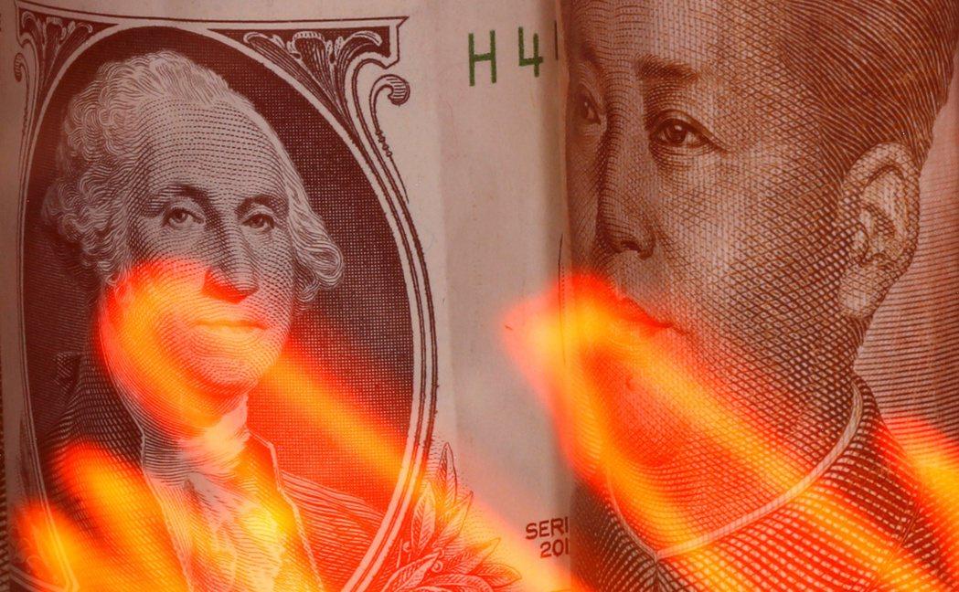 彭博經濟學家認為,搞中美金融脫鉤會是「殺敵一千、自損八百」的作法。路透