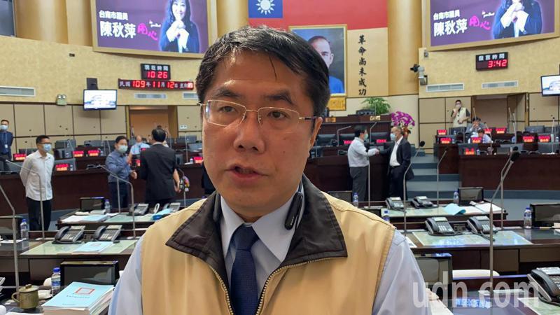 WHO臉書留言「Taiwan can help」遭鎖,台南市長黃偉哲表示,沒人可讓台灣被消失。記者鄭維真/攝影