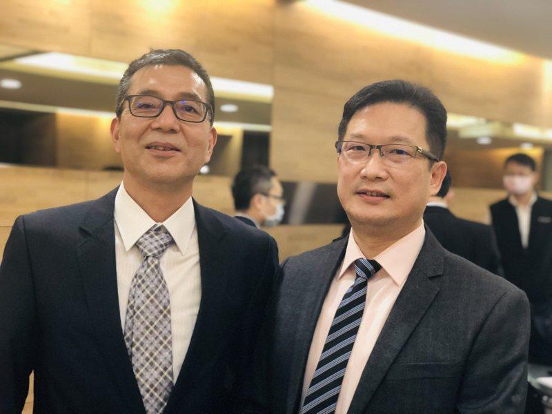 乙盛-KY董事長蔡嘉祥(左)及總經理蕭伊宏。記者劉芳妙/攝影