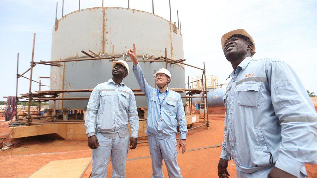 中油作為礦區經營人的非洲查德奧瑞礦區油田開採成功,該公司將自查德啟運第一船共95...