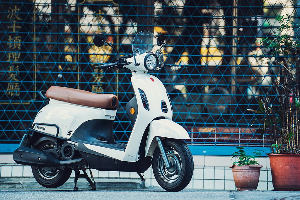 承襲宏佳騰Dory車款「好看、好騎、買得起」的精神,時尚歐風美學外型的Dory ...