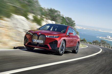 全新BMW iX第四季引進台灣 汎德搶先布局直流高速充電網