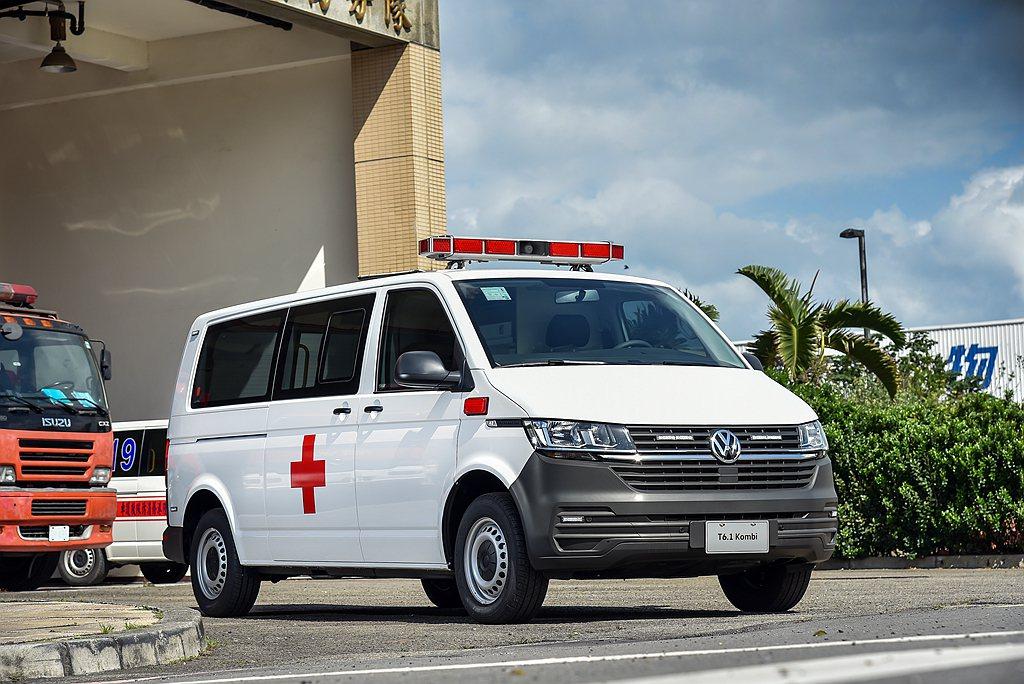 新福斯商旅T6.1 Kombi的長軸平頂車型及長軸高頂車型同樣搭載2.0L TD...