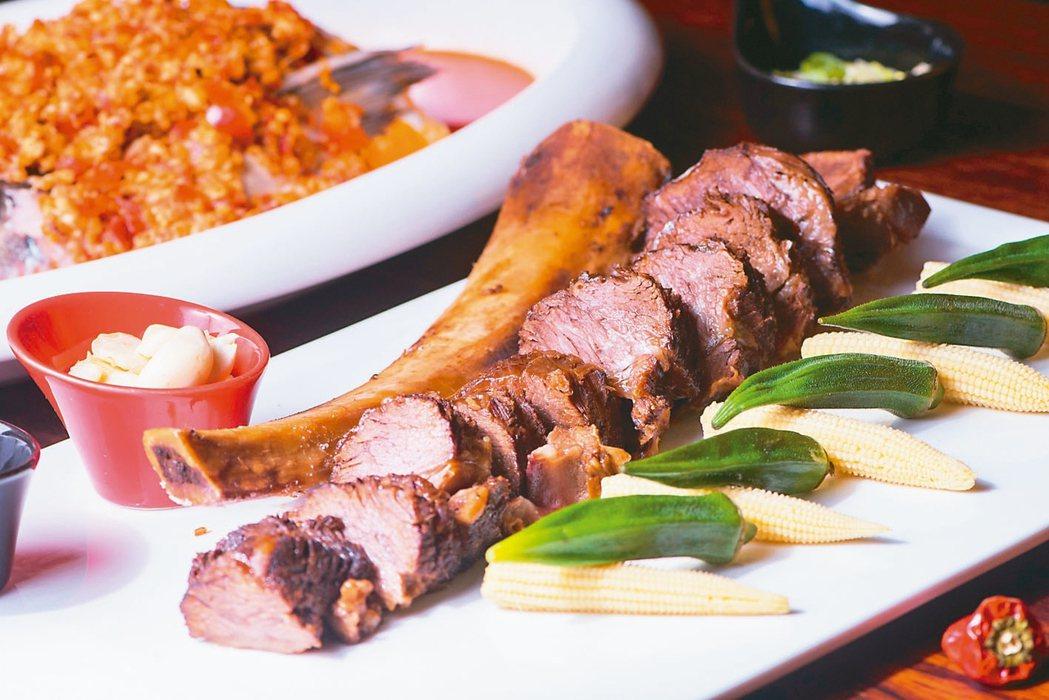 大地酒店的川湘料理招牌菜「稻香牛」。 業者/提供