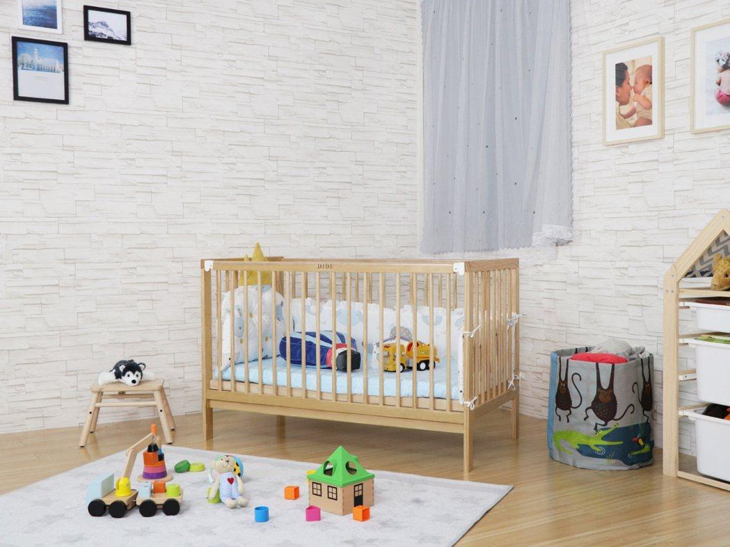 DIDI推出的五合一嬰兒床,於今年取得BSMI檢驗認證,且多項商品在各大店商平台...