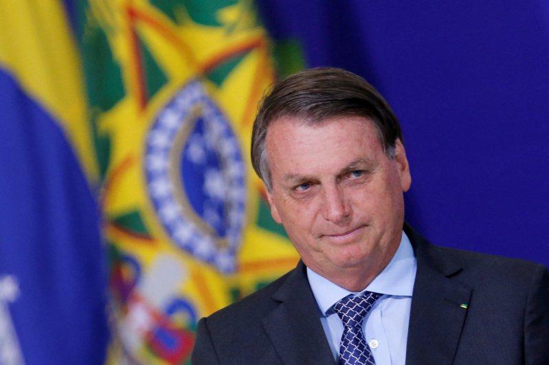 巴西總統波索納洛為美國總統川普的親密盟友,也是至今尚未賀喜拜登(Joe Biden)當選美國總統的少數世界領袖之一。 路透社