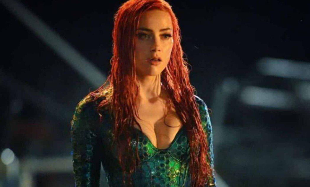 安珀赫德放話表示還會回歸「水行俠2」。圖/摘自imdb