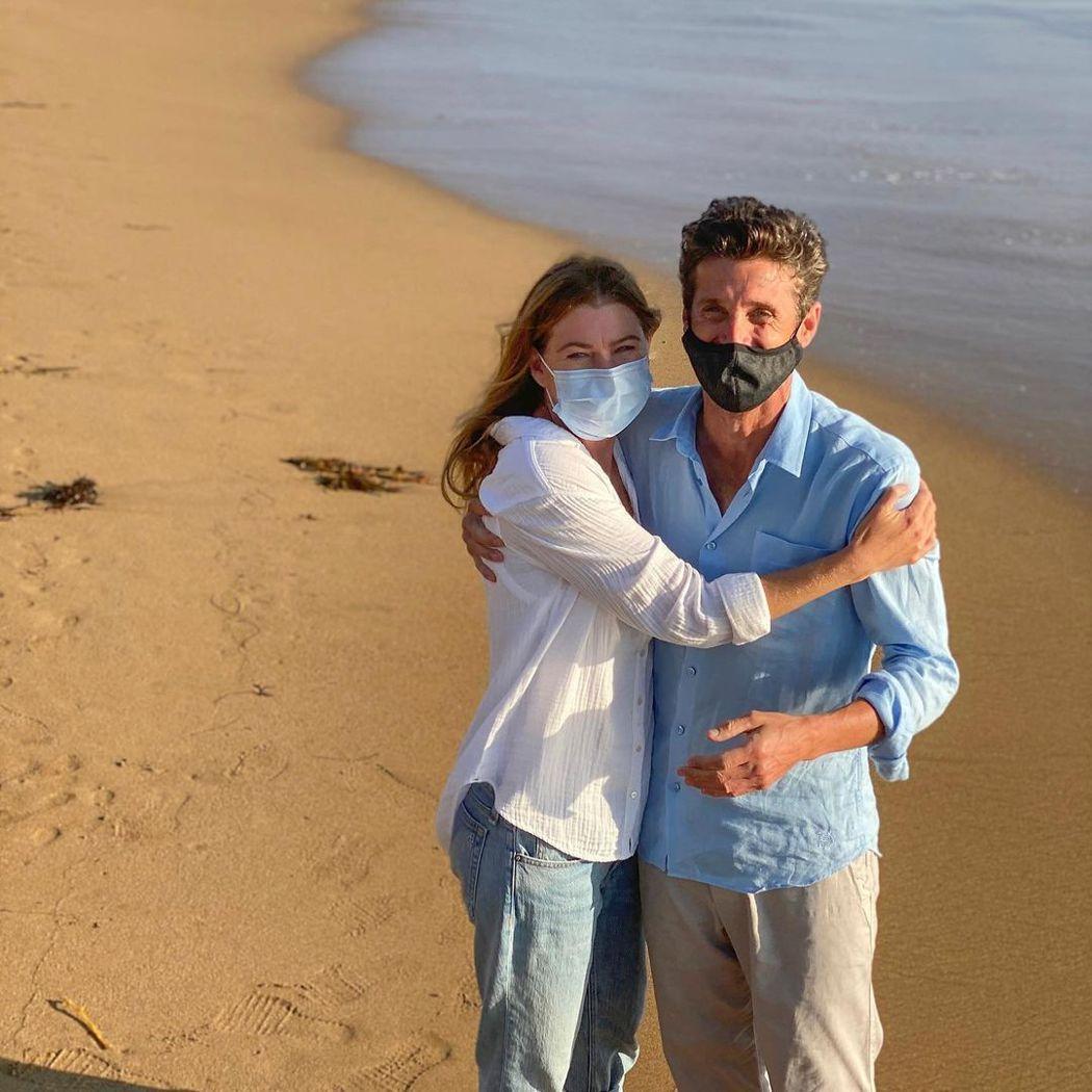 派屈克丹普西與艾倫龐皮歐在疫情期間拍「實習醫生」,都記得要戴上口罩。圖/摘自In...