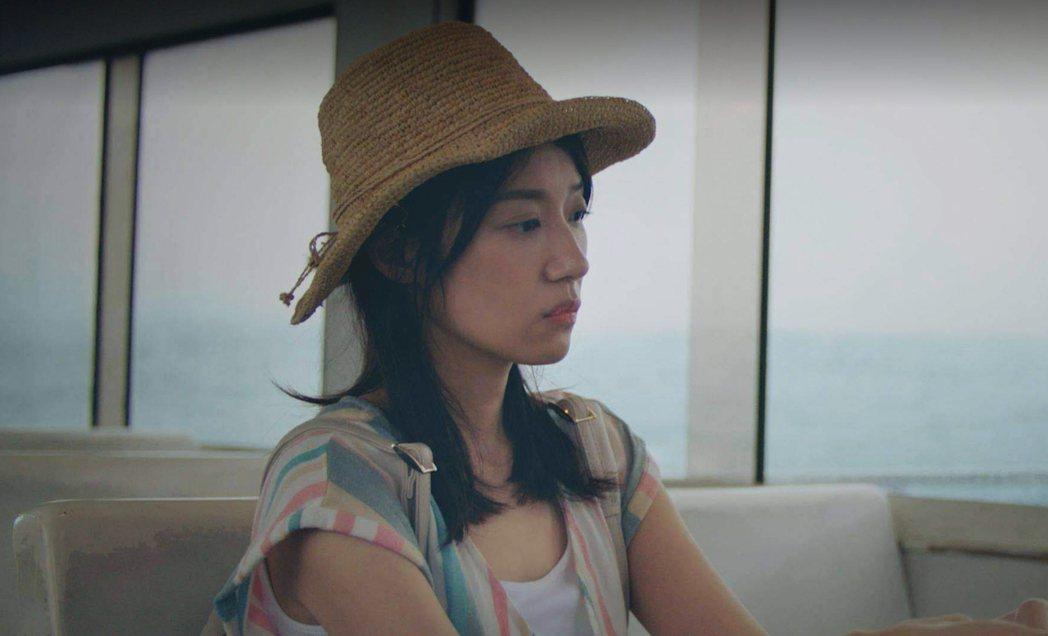 劉宇菁拍新戲「記憶浮島」,形容用生命拍攝船上戲,每個人都吐到不想再上船。圖/貴金