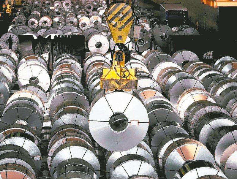 中鋼12月各類鋼品平均僅上調1.2%,要把多頭氣勢延長到下季。(本報系資料庫)