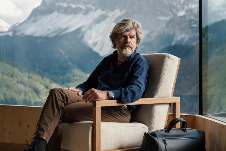 萊茵霍爾德梅斯納爾(Reinhold Messner)是一位義大利的登山家、探險...