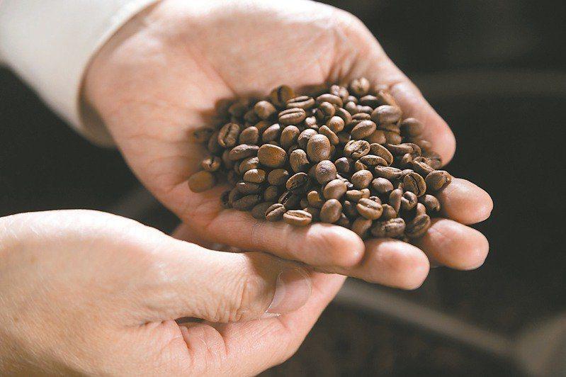 咖啡簡單也不簡單,吳則霖說「它就是最極致的複雜」。報系資料照片
