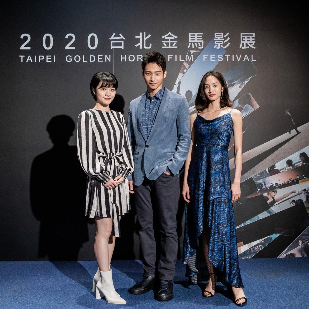 李玲葦(左起)、黃冠智、韓寧出席「返校」影集映後訪談。圖/公視提供