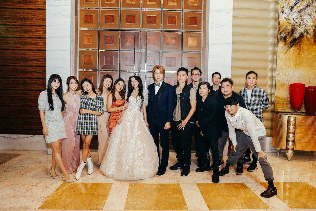黃少谷與老婆Yumi婚宴,天氣女孩、強辯樂團合體勾起回憶殺。圖/韓國藝匠提供