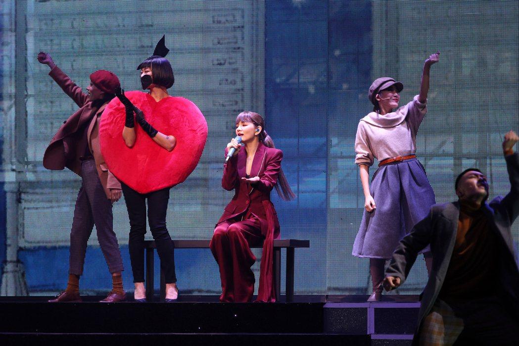Ella「艾拉秀」首場今晚登場。記者許正宏/攝影