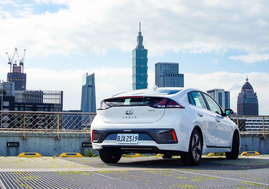 Hyundai IONIQ Hybrid小改款後更加精進。 記者趙駿宏/攝影