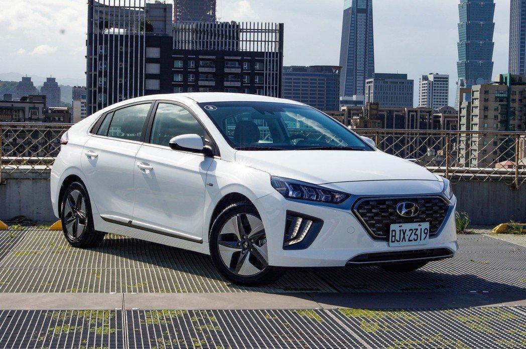 IONIQ Hybrid也是台灣Hyundai車系裡,首款標榜有Level 2半...