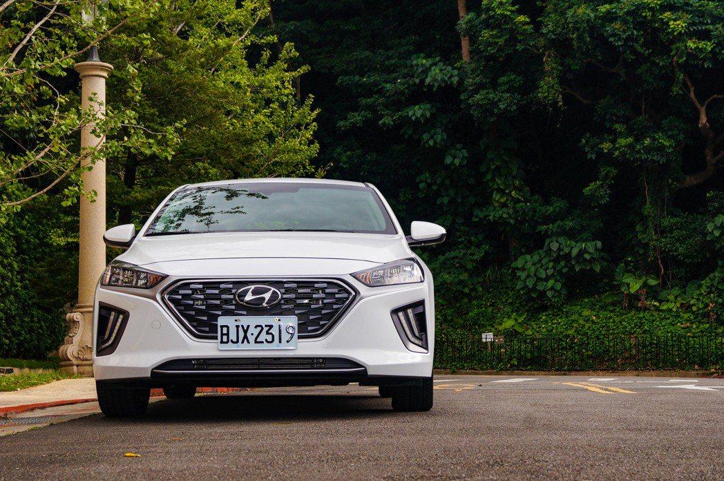 Hyundai IONIQ Hybrid可以成為油電車新選擇。 記者趙駿宏/攝影