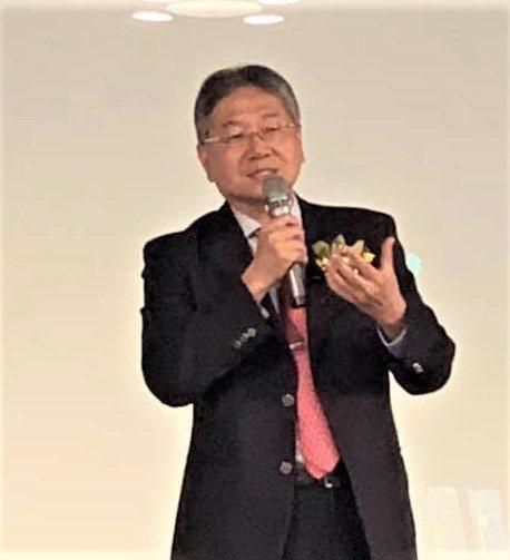 台中精機董事長黃明和更期盼拜登就任美國總統之後,美中關係能趨緩,進一步讓兩岸關係...
