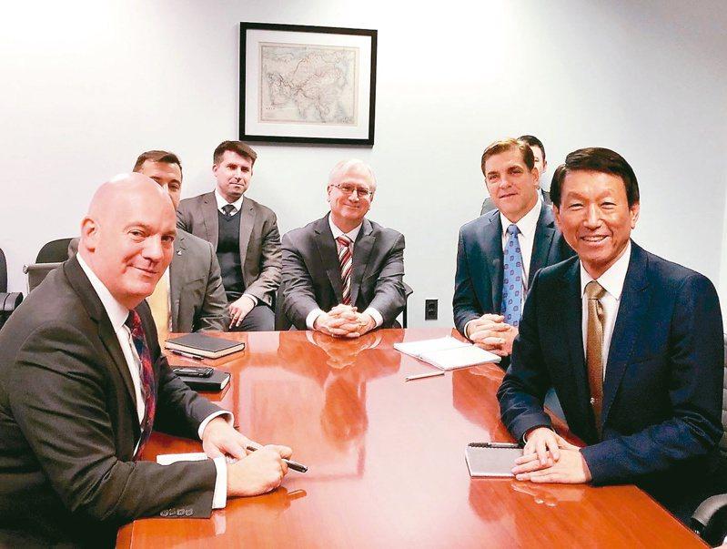 前參謀總長李喜明去年12月曾赴美前往2049計畫研究所進行短期研究,並與美國國務院政軍局助理國務卿庫柏會面。圖/擷自庫柏推特