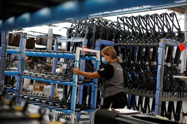 在全球主要工業國家中,美國自動化的程度相當落後。(路透)