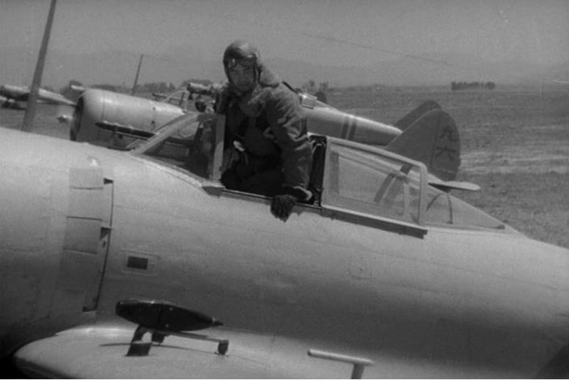 《燃燒的天空》劇照。《終戰那一天:台灣戰爭世代的故事》記載,此片曾在台南廣末公學校播放。 圖/IMDb