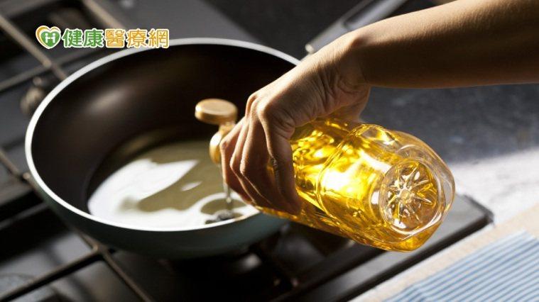 營養師張涵雯說,吃對油脂比不吃還重要,適當適量最重要。