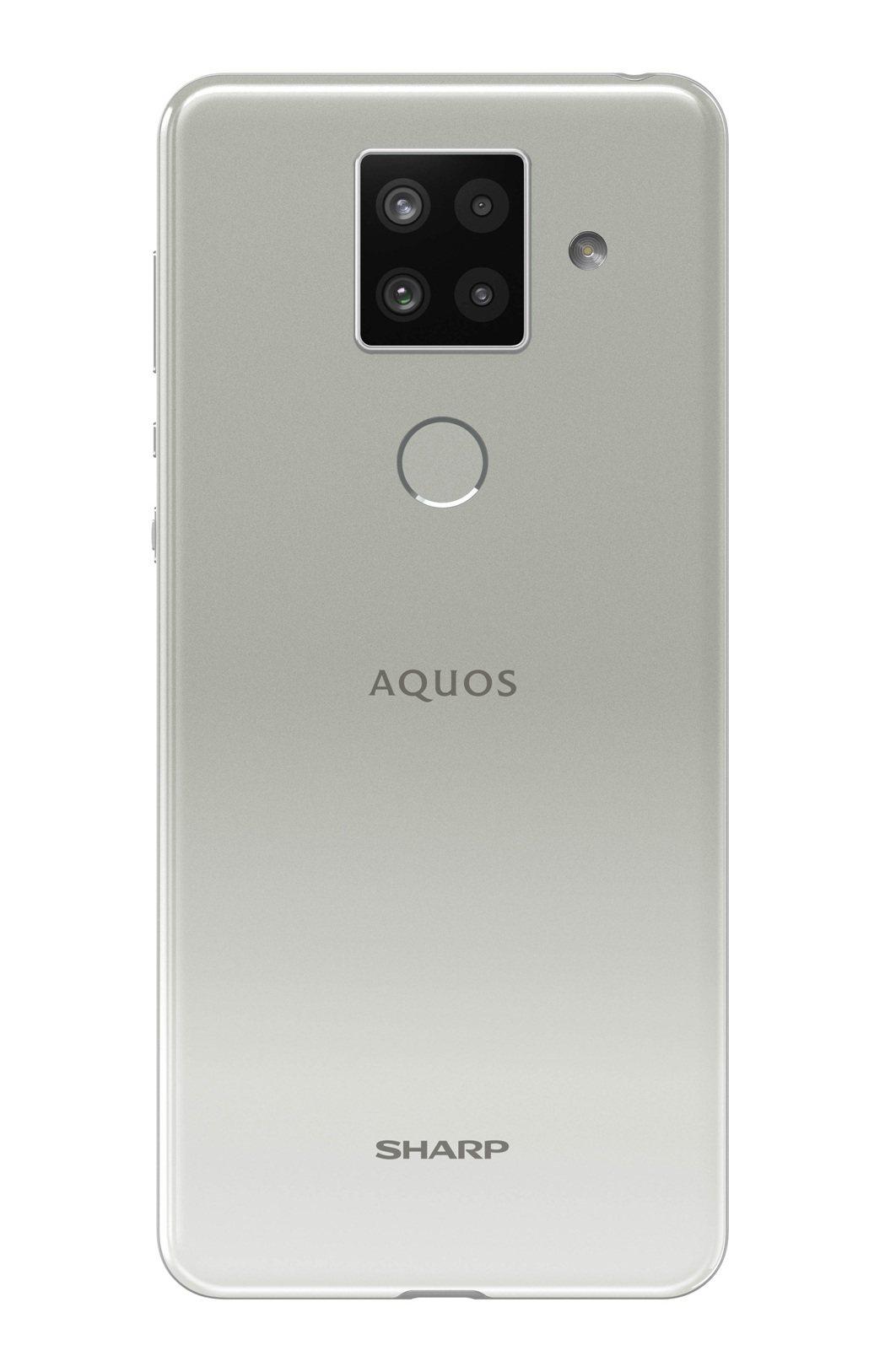 AQUOS sense4 plus白。 台灣夏普/提供