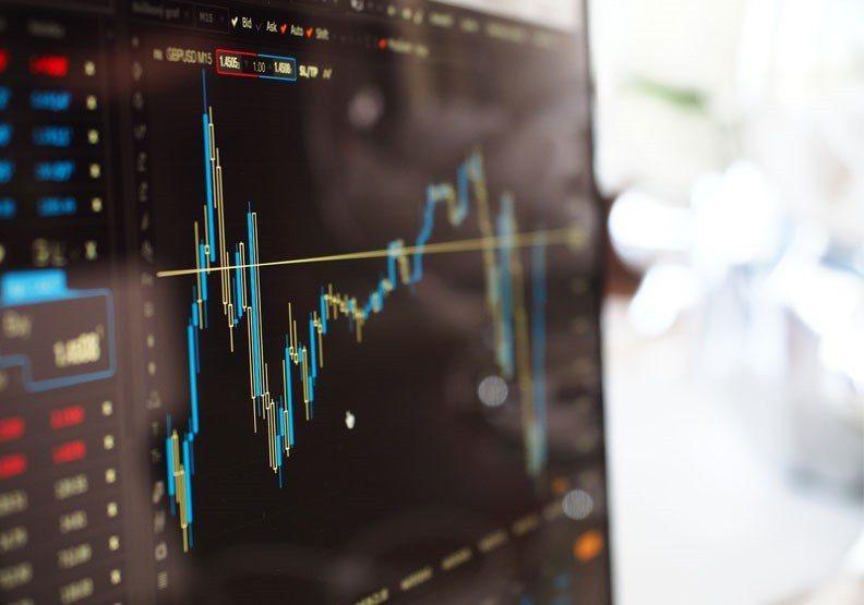 由於金融市場每天熱錢不斷,課程和師資的「百花齊放」,如今幾乎各式各樣的預測工具甚...