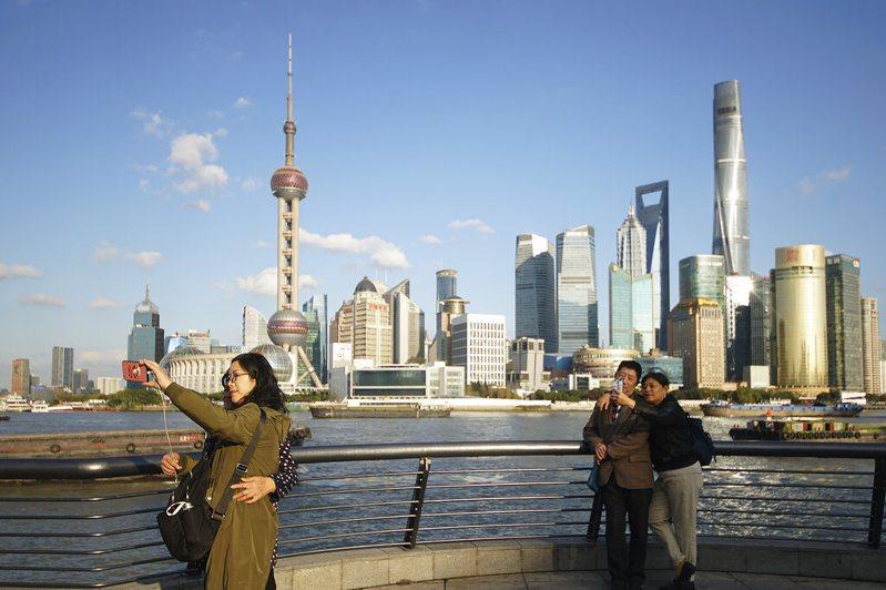 中國15日新增8例新冠確診病例。