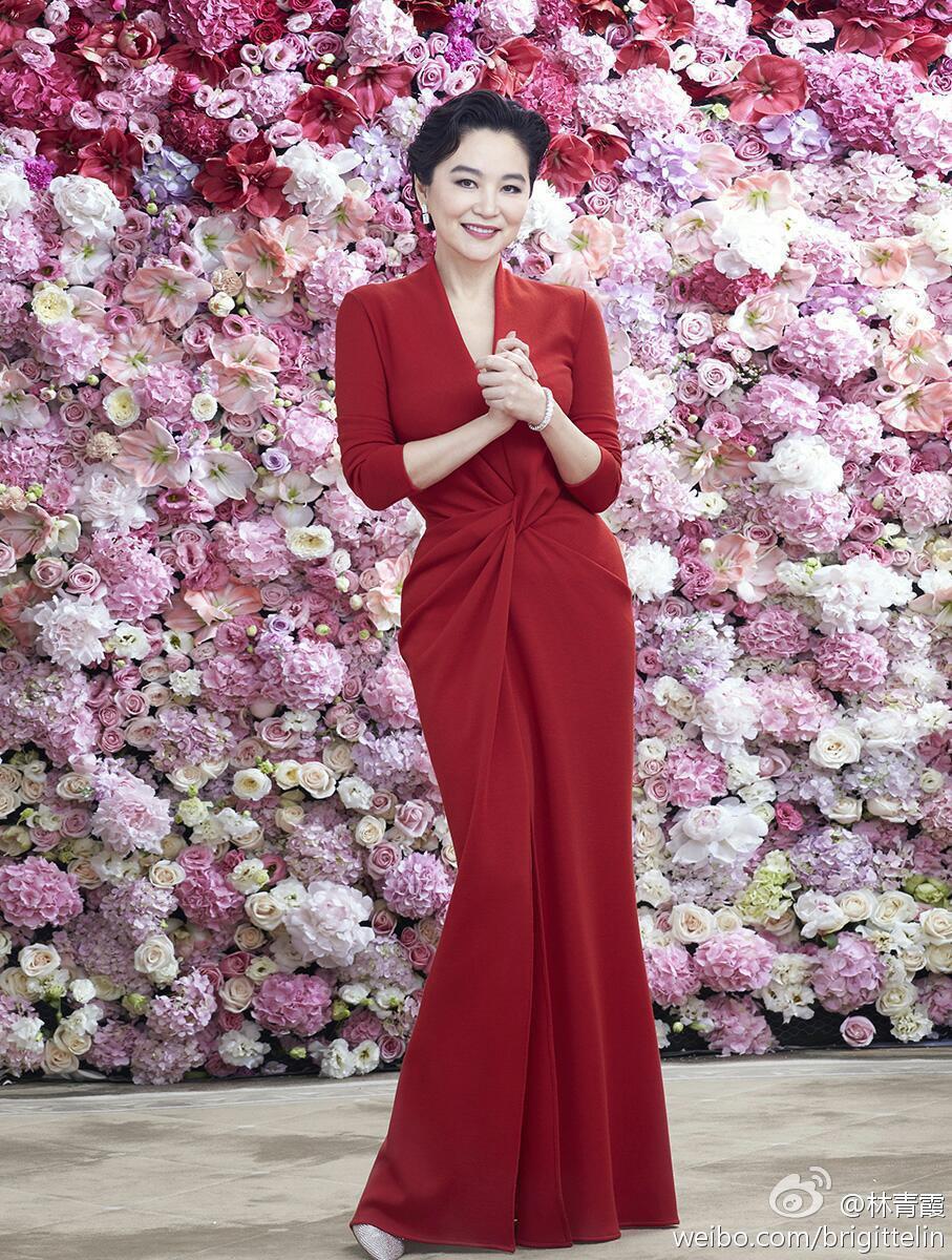 林青霞是影壇經典美人。圖/擷自微博