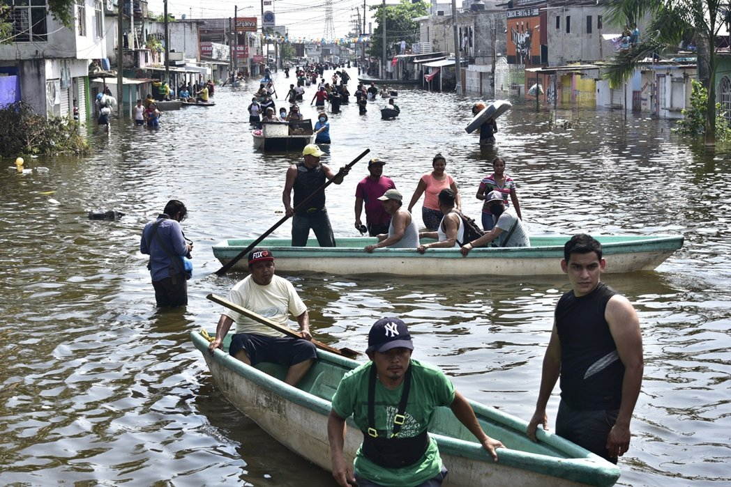 除了尼加拉瓜之外,同樣高度警戒的,還有在伊塔颶風中,因土石流爆發而死傷慘重的宏都...