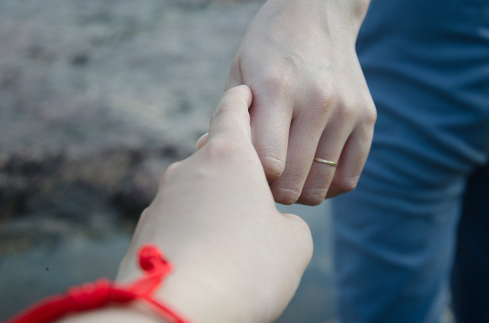 選擇單身的原因如果只是因為害怕戀愛和婚姻會讓人受傷,而感受不到獨立自主的自由,那...