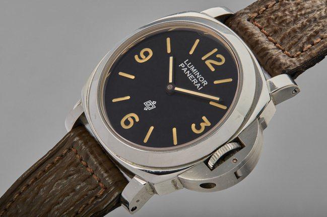 史特龍曾於電影「十萬火急」中配戴的沛納海型號PAM5218-201/a腕表,估價...