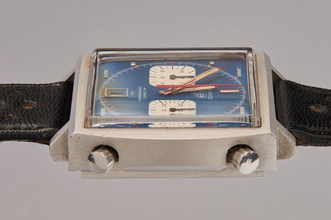史提夫麥昆1971年經典賽車電影「極速狂飆」中配戴的豪雅Monaco腕表,估價待...