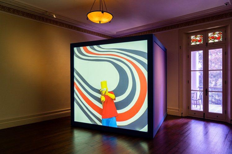 PRADA在上海榮宅推出美國藝術家Alex Da Corte的《橡膠鉛筆惡魔Ru...