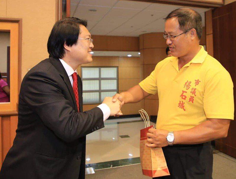 楊石城病逝,林右昌:可敬的議員服務讓許多民眾很有感。圖/基隆市政府提供
