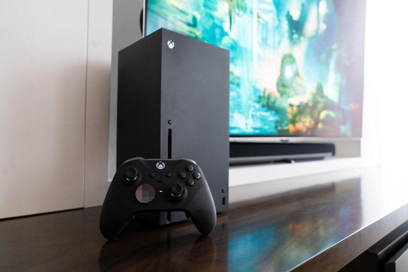 微軟所推出的新世代主機 Xbox Series X和S,10日正式上市。路透