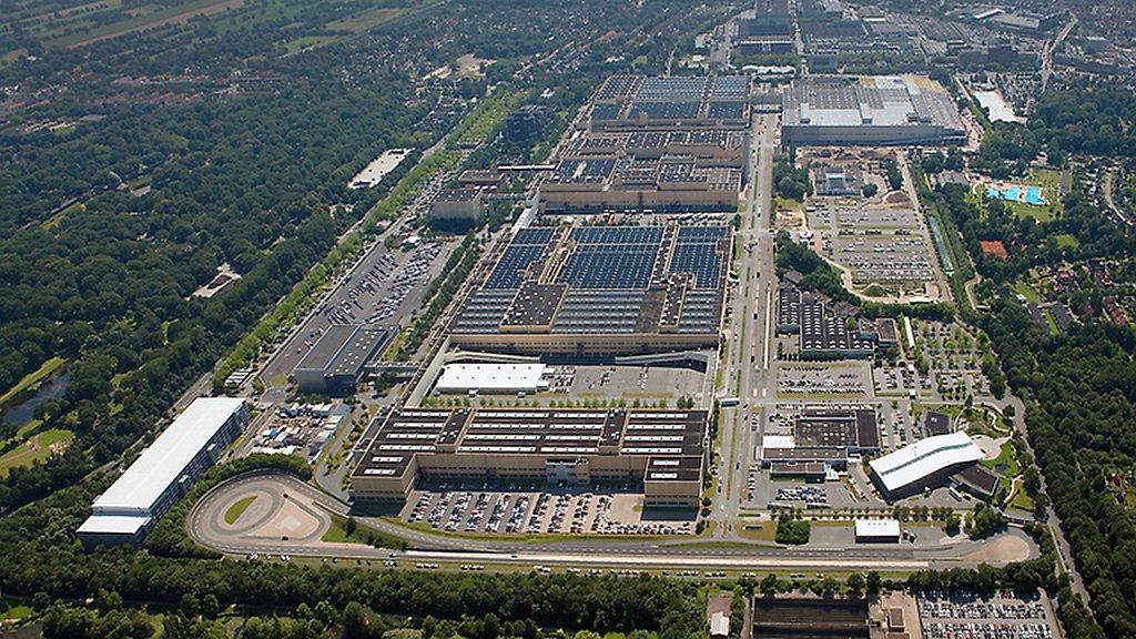 豪華車廠賓士在德國當地有許多工廠與生產基地,其中Bremen(不來梅)廠最常被多...