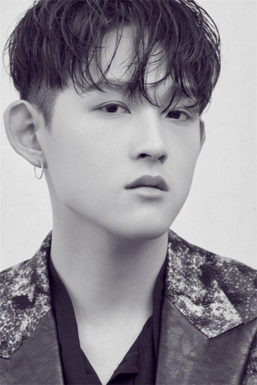 崔煥熙取藝名 Z.flat 歌手出道。圖/bntnews